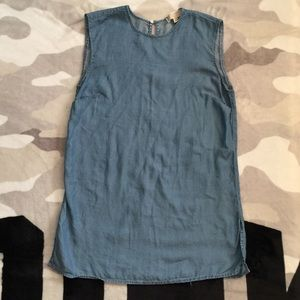 $9 IF BUNDLE. MK tunic top
